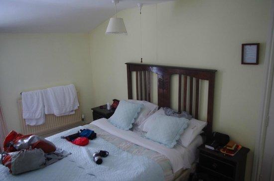 Pen Y Gwryd Hotel: A really comfortable bed