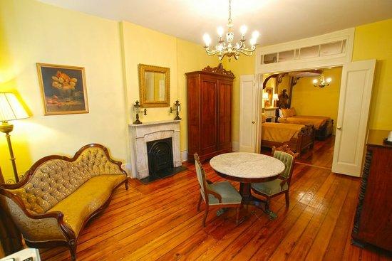 Lamothe House Hotel: Lamothe House Antique Suite