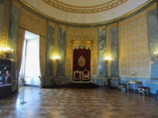 Christiansborg Palace: Throne room