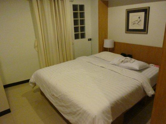 Ratchadamnoen Residence: Hotel