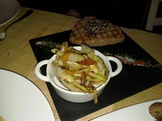 Mono Restaurant : TUNA