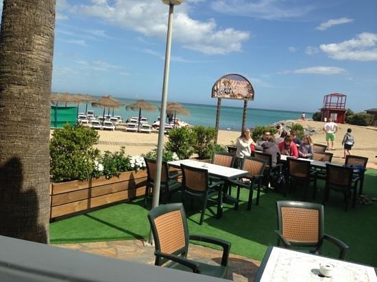 Restaurante Los Remos Lazaro: la terraza donde también se puede comer...