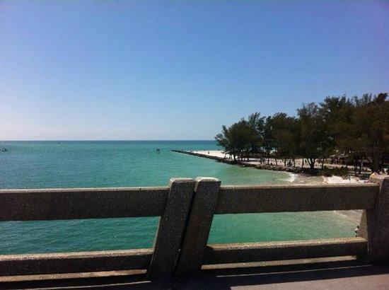 Lido Beach : Longboat Key drive