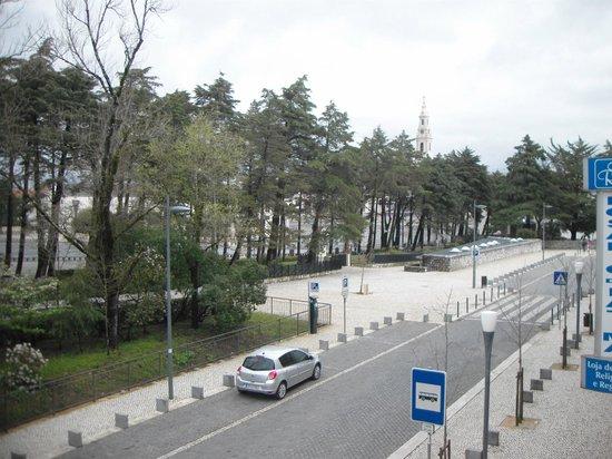 Hotel Estrela de Fatima: Vista do quarto no 1º piso