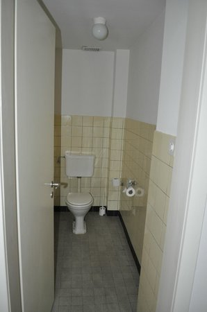 Hotel Continental Bern: Toilet