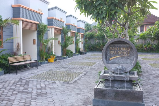 The Banyumas Villa: View of the hotel rooms.
