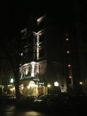 Henri Hotel Berlin: Hotel