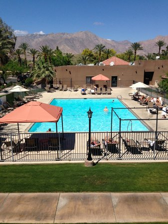 Borrego Springs Resort & Spa: Hotel Pool