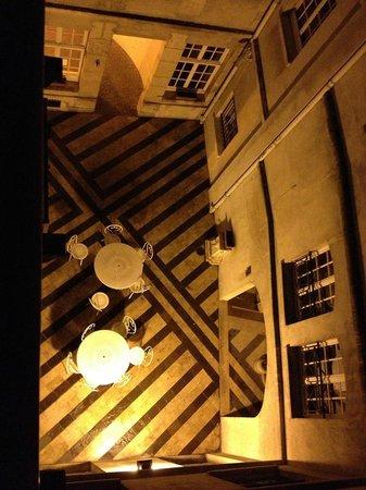 Photo of Maison Internationale des Jeunes Paris