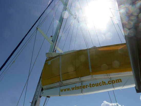 Winner Touch: Hissons  la voile