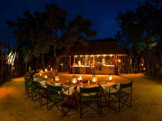 Nkorho Bush Lodge: Boma dinners