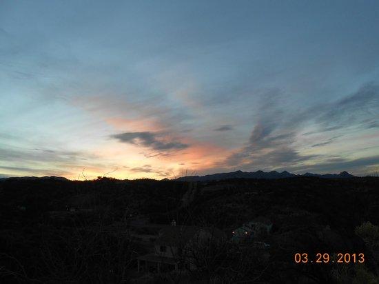 Esplendor Resort at Rio Rico: Sunset Viewed from Resort Property