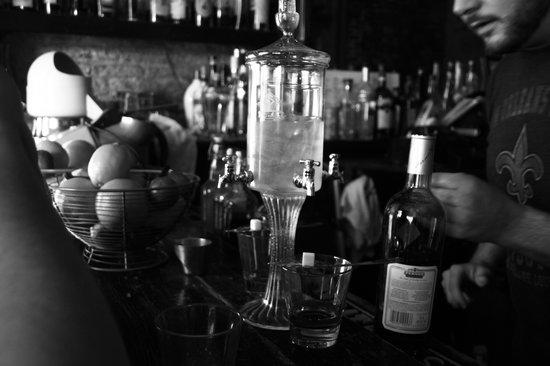 Bar Tonique: Absinthe fountain