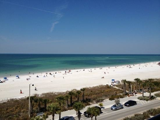 Holiday Inn Sarasota - Lido Beach: View from our room on the 6th floot