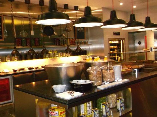citizenM London Bankside: amazing breakfast buffet