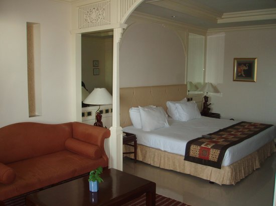 Royal Cliff Beach Hotel: mini suite