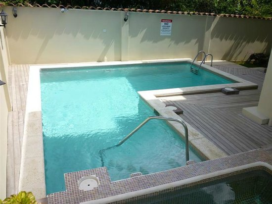 Oasis Guesthouse : Pool area