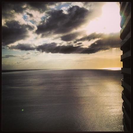 Trump Ocean Club International Hotel & Tower Panama: sunrise at the 26th floor