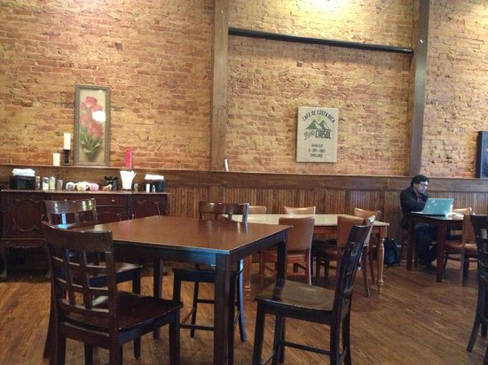 Generator Coffee Shop: The tables