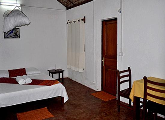 Blue vanga lodge inside room - with ensuite facilities