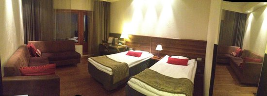 Santa's Hotel Tunturi: Panorama of my room
