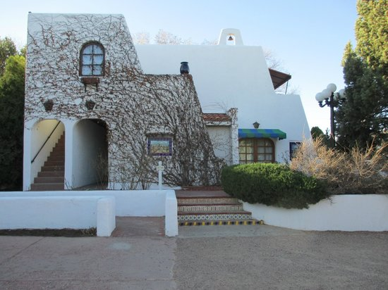 El Rey Inn: Hacienda