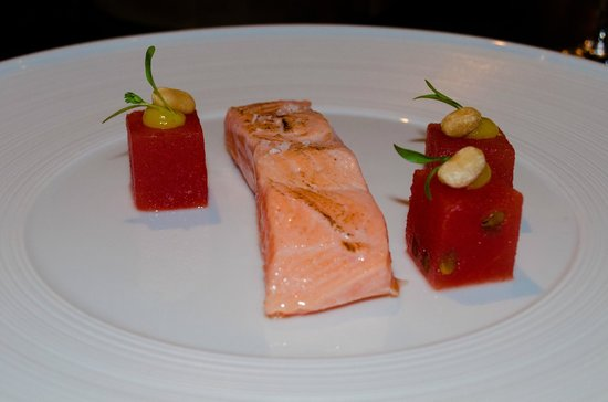Huka Lodge: Delicious King's Salmon
