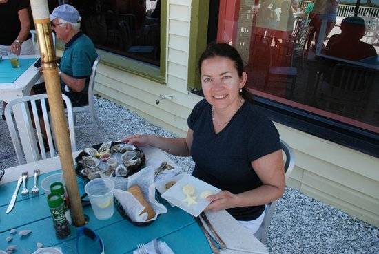 Seabreeze Island Grill and Raw Bar: That's Me, enjoying oysters, bread, butter