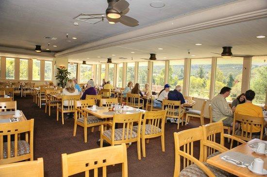 San Vicente Golf Resort: Oaks Grille