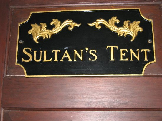 Globetrotters Bed and Breakfast: Sultan's Tent is on the 2nd floor