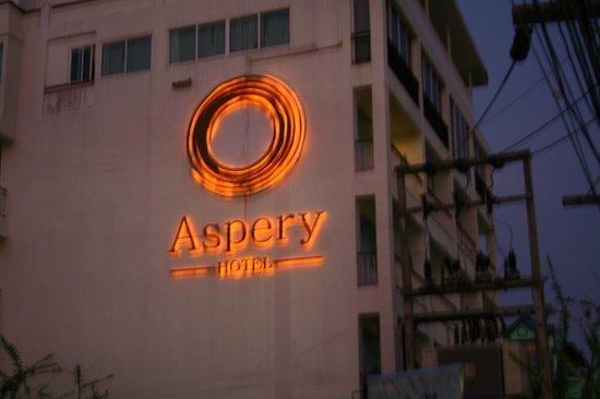 Aspery Hotel: Hotel side
