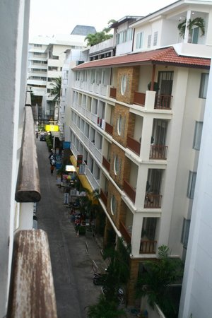 Aspery Hotel: Hotel in the lane