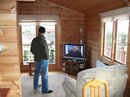 Cowans Farm Guest House: Cabin lounge