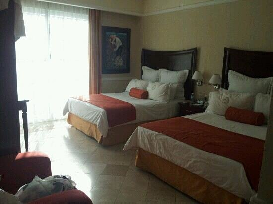 Hotel Hacienda Real del Caribe: room was cleaned daily.
