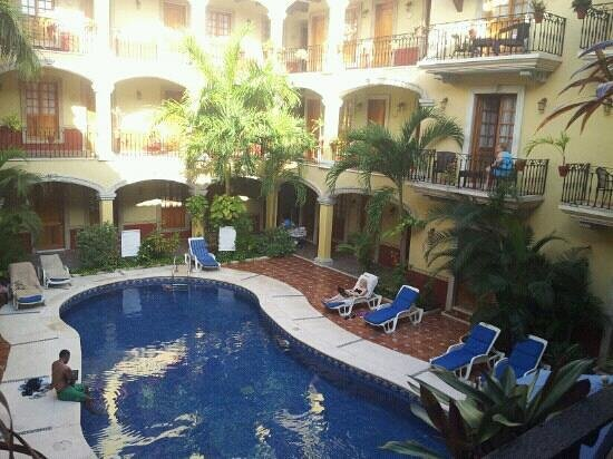 Hotel Hacienda Real del Caribe: hotel pool.