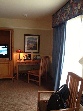 El Tovar Hotel: Room 6465