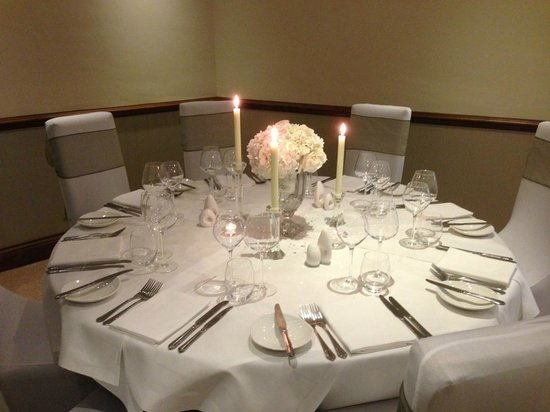 Woodman Inn: Dining room