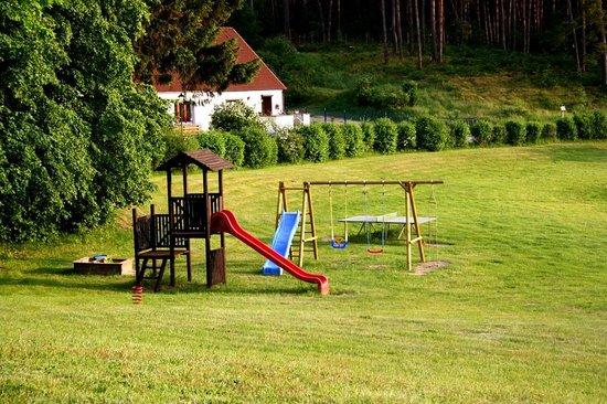 Hotel & Restaurant Heidekrug: Spielplatz