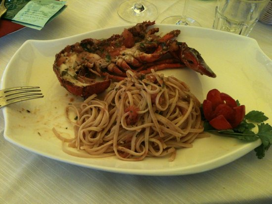 Jimmy'Z Bar: linguine all'astice. Pasta fatta in casa