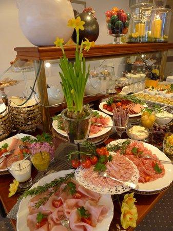 Hotel Schlossberg: Frühstück