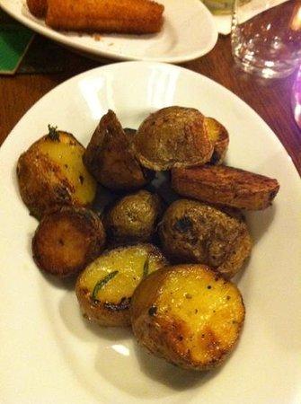 Scenario Bar & Restaurant: grill potatoes