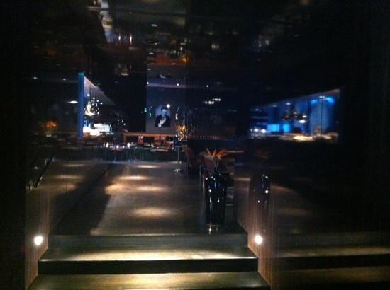 Hotel MANI: reception area leading on to restaurant