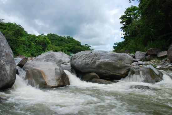 La Moskitia Ecoaventuras: Rio Cangrejal