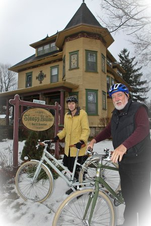 Sleepy Hollow Bed & Breakfast: A fun place to bring your bikes