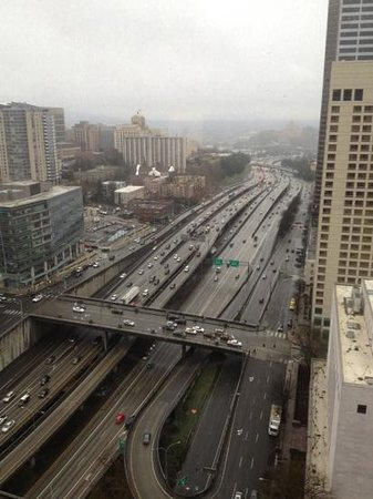 Crowne Plaza Seattle Downtown Area: i-90 and rain!