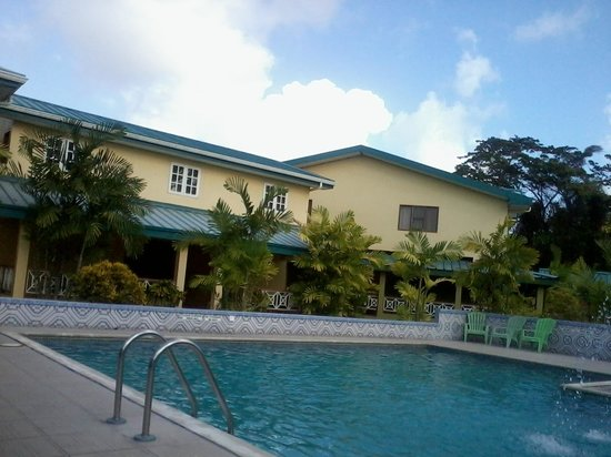 Bon Accord, Tobago: pool