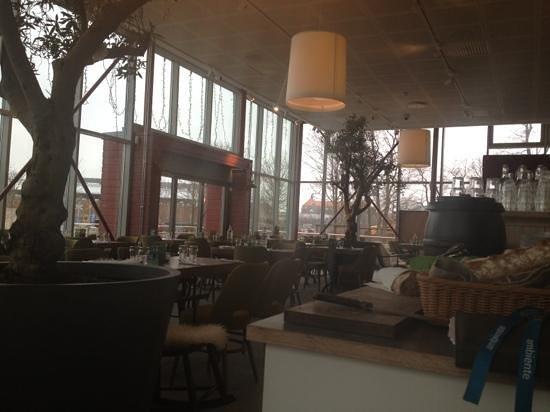 Stadsparken Restaurang & Cafe: nya ägare mycket bättre:)