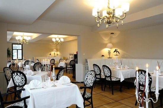 Restaurant & Hotel Schoene Aussicht Dresen