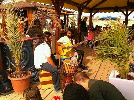 Chiringuito Tibu-Ron: Concierto de guitarra flamenca