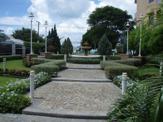 Kantary Bay, Phuket: Kantary Bay - Hotel Grounds